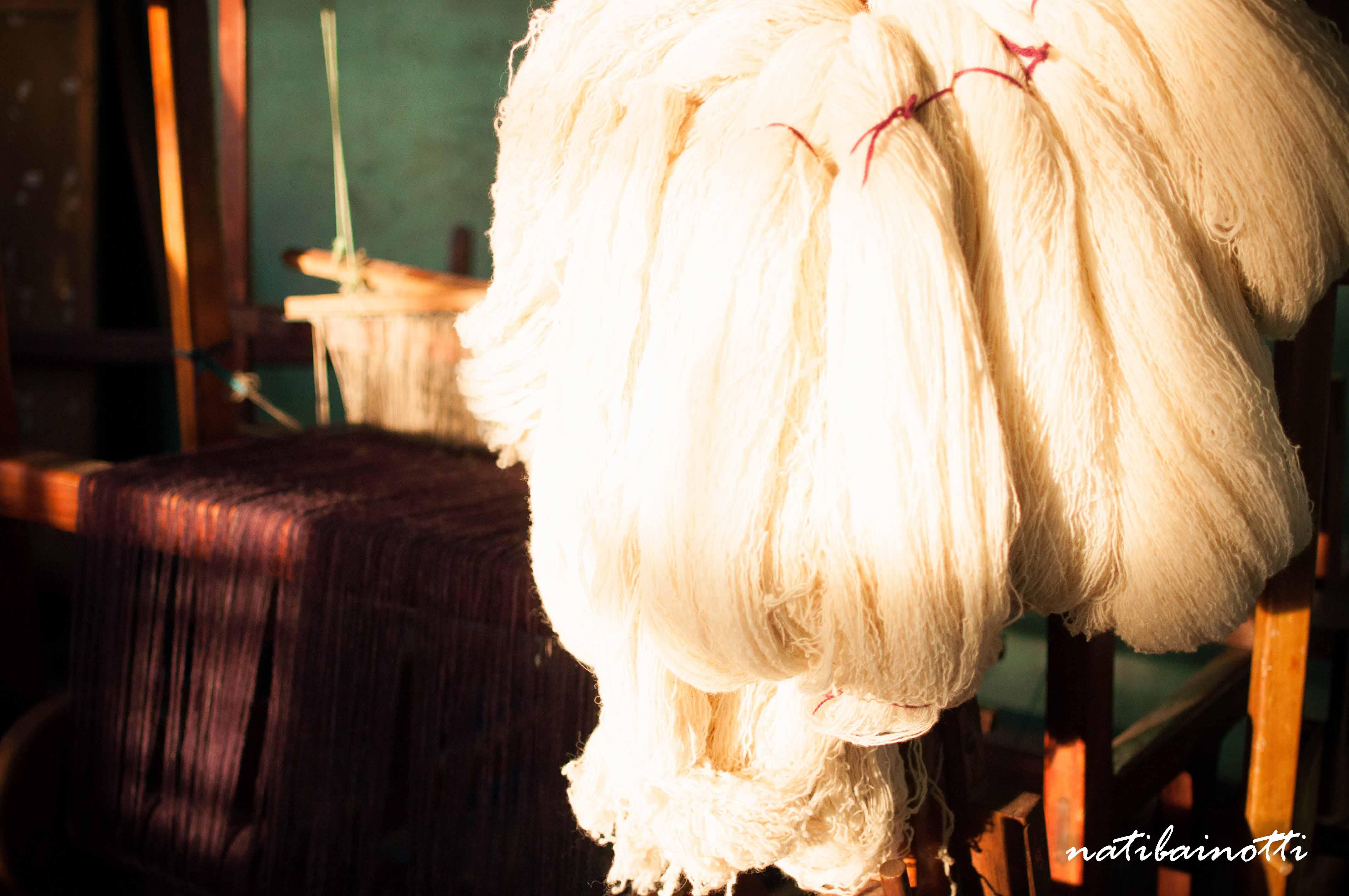 Madeja de lana para ser teñida.