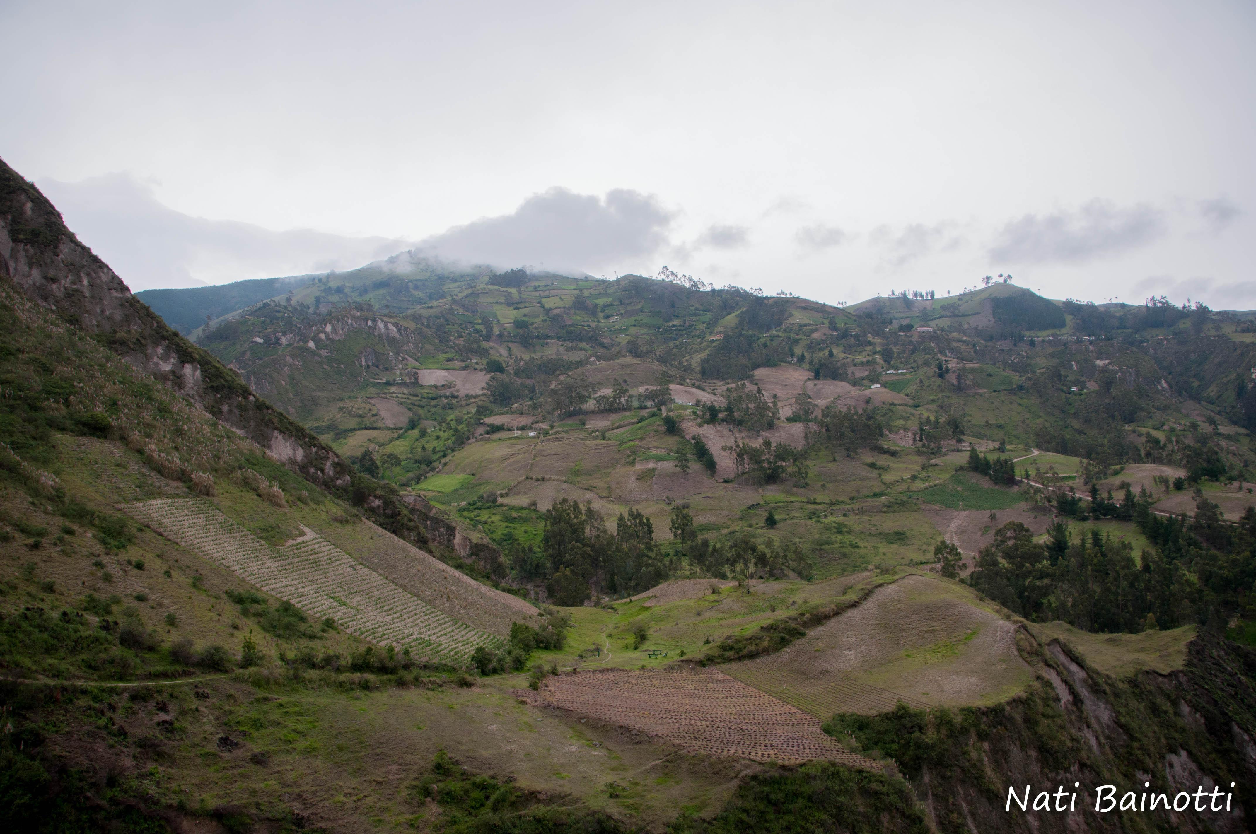 montañas-quilotoa-ecuador-nati-bainotti-mi-vida-en-una-mochila-12