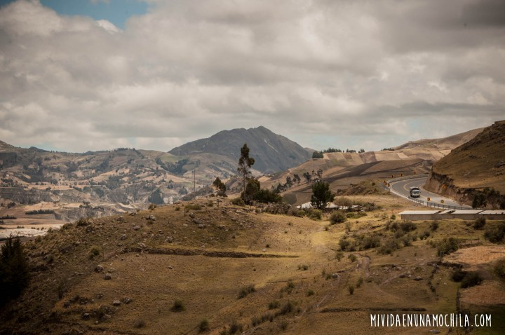 camino sierras ecuador