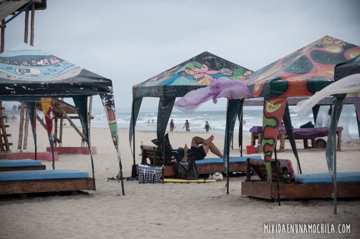 Montañita Ecuador Mi vida en una mochila (10)