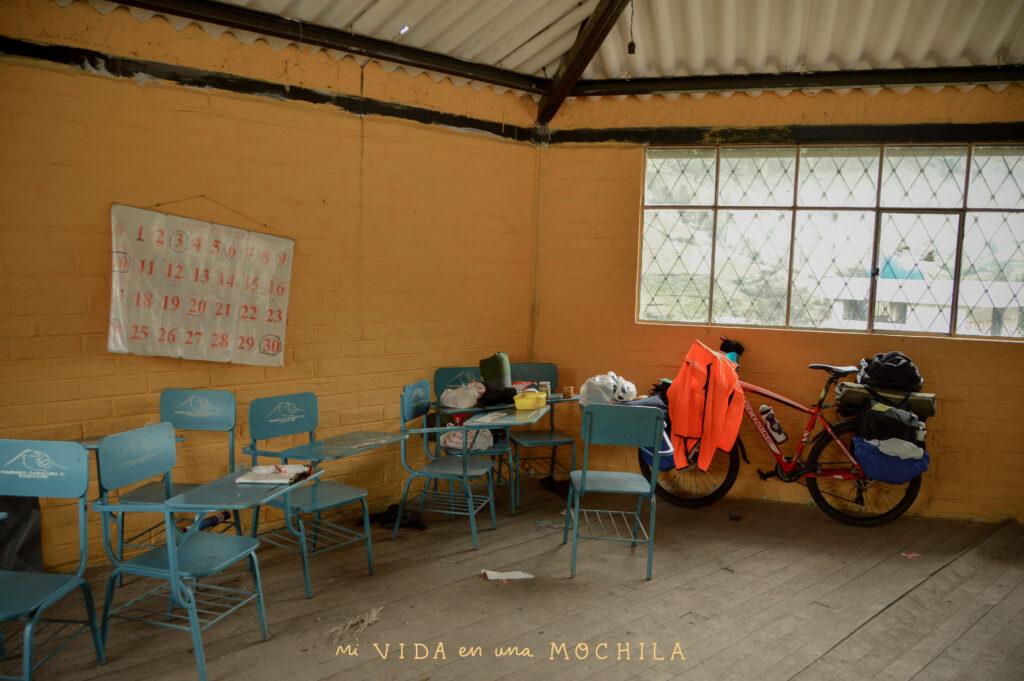 noche en casa comunitaria ecuador